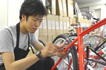 自転車整備の様子